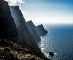 Place: Cola de Dragon, Artenara, Gran Canaria. Canary Islands, Spain. Photo by Gonzalo Royo (500px.com)