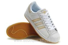 the latest bf724 2688b Adidas Chaussures Superstar II Or Blanc Femmes Adidas Superstar Outfit,  Trainer Shoes, Cher,