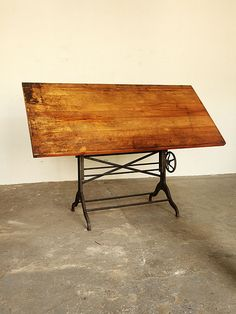 Early 20th Centuray Drafting Table