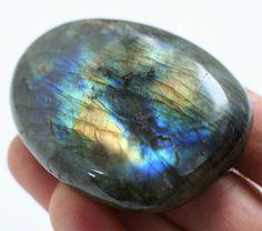 labradorite palm stone, natural labradorite mineral specimen, mens gift under 30 meditation stone healing stone, nature decor bohemian decor