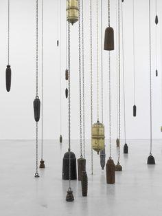 Alicja Kwade Durchbruch durch Schwäche, 2011 Courtesy Galerie Johann König, Berlin Foto: Roman März
