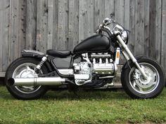 Resultado de imagen para motorcycle cafe racer goldwing