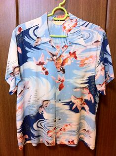 Sun Surf SS35019HY HINOYA SPECIAL ORDER GOLD FISH #1 Hawiian Shirts, Vintage Hawaiian Shirts, Bowling Shirts, Aloha Shirt, Surf, Floral Tops, Kimono, Men Casual, Fish Art