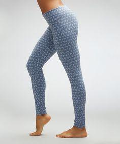 Crocus Tummy-Slimming Leggings #zulily #zulilyfinds