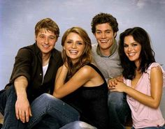 Wishing you could live like the teens on The O.C. | 59 Things You'll Only Understand If You Were A Teenager In The Early 2000s