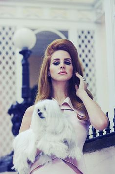 Lana del rey retro hair achieved with Hair Extensions.