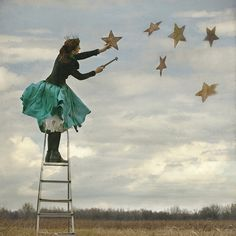 hang the stars. [I can see me as a bit of a wacky old woman hanging stars. Hanging Stars, Star Sky, Fantasy, Illustrations, Vintage Girls, Little Star, Stars And Moon, Belle Photo, Kitsch