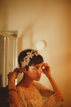 Short Hair Bride Bridal Accessory Headdress Band Beautifully Intimate Open Air Wedding Umbria http://www.edpeers.com/