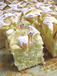 Puszyste ciasto z jabłkami Polish Desserts, Polish Recipes, Cookie Desserts, Apple Cake Recipes, Baking Recipes, Dessert Recipes, Delicious Desserts, Yummy Food, Kolaci I Torte