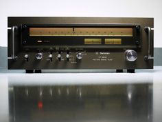 Technics ST 9600 Stereo Tuner by oldsansui, via Flickr