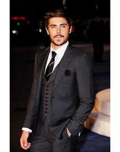 Stubble + 3 Piece Suit = BEAUTIFUL