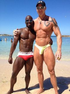 Tall, Short, Big, Little Big Guys, Tall Guys, Fit Men Bodies, Gorgeous Black Men, Gorgeous Guys, Muscle Boy, Barefoot Men, Swimming Outfit, Le Male
