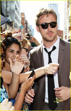 66cd304b738 Ryan Gosling in unbutton collar white custom dress shirt and black tie