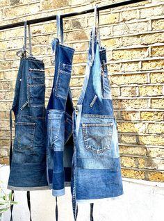 Denim And Lace, Artisanats Denim, Sewing Aprons, Denim Aprons, Work Aprons, Denim Ideas, Patterned Jeans, Aprons For Men, Denim Crafts