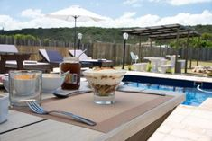Set in Sedgefield and 80 metres away from popular Myoli Beach, Afrovibe Beach Lodge features a sun terrace with outdoor pool.