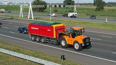 Hovertrack Luctor 544 met Schuitemaker Rapide 8400 RS  op de snelweg Tre...