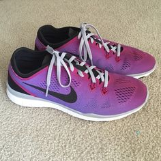 Nike Free TR 5 ID custom Ombré Purple and Magenta Women's training shoe in size 9.5. Retails for $145 from Nike ID. Customized to be ombré purple and magenta with black, white, and grey detailing. Light weight mesh with rubber sole. Brand new shoes with no box. No trades! Nike Shoes Athletic Shoes