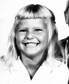 Already had that little wrinkled up nose and huge square smile! Not sure about the haircut.) Looks a lot like Sailor in this picture too. Christie Brinkley, Supermodels, Sailor, Hair Cuts, Teen, Pictures, Haircuts, Photos, Teenagers