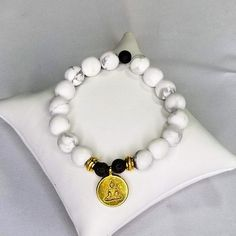 Anxiety & Stress Relief Matte White Howlite Bracelet with Gold Accent Charm, Gemstone Bracelets, Gemstone Jewelry, Stress And Anxiety, How To Relieve Stress, Stress Relief, Gold Accents, My Etsy Shop, Gemstones, Beads