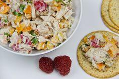 Salade de dinde Eggs, Breakfast, Food, Turkey Salad, Salads, Turkey Leftovers, Morning Coffee, Egg, Meals