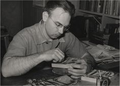 Figure Photograph of Lynd Ward at work Scenic Design, Photograph, Artists, Art Prints, Studio, Paper, Awesome, Books, Fictional Characters