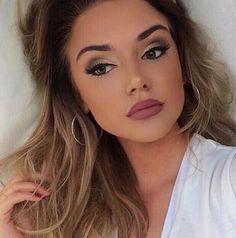 5 Simple Evening Makeup Tips To Help You Look Your Best - https://www.luxury.guugles.com/5-simple-evening-makeup-tips-to-help-you-look-your-best-15/