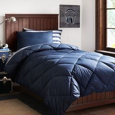 Brooklyn Stripe Essential Value Bedding Set, Navy | PBteen