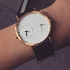 Long Distance Classic (IP Gold) reposted from customer  #kitmenkeung #minimal #minimalist #minimalism #minimalistic #selectshop #mensstyle #streetstyle #styleblogger #fashionblogger #fashioneditor #fashioneditorial #streetfashion #londonfashionweek #parisfashionweek #newyorkfashionweek #salonedelmobile #accessories #apc #modern #modernist #travel #homesick #longdistance #acnestudios #londoner #parisian #wanderlust #studyabroad #newyorker  Posted by Kitmen Keung & Co. agent New York by…