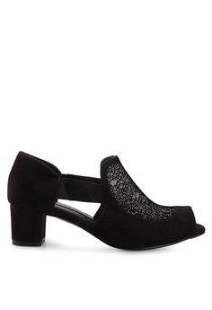 Wanita > Sepatu > Heels > Mid-Low Heels > Alikha > Victoria