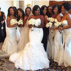 #chloecookweddingexperience  bridesmaids