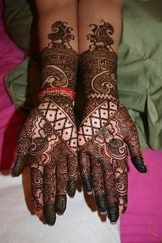 See more Henna fashions on hands