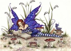 Fairy reading by Amy Brown Beautiful Fantasy Art, Beautiful Fairies, Amy Brown Fairies, Dark Fairies, Fantasy Dragon, Elves Fantasy, Geniale Tattoos, Fairy Pictures, Love Fairy