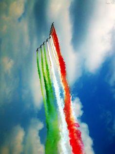 Festa della repubblica 2014 con frecce tricolori | the colors of Italy in Air Show