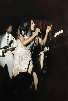 Tina and Ike Turner on stage in San Francisco (ph. Baron Wolman, 1967)