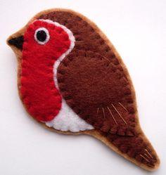 Robin felt bird brooch by lupin on Etsy, £14.00