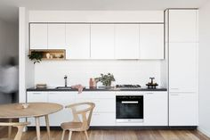 Cantilever Interiors Kitchen, James St Prahran | cantileverinteriors.com