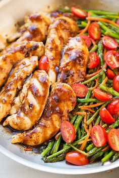 One Pan Balsamic Chicken and Veggies #lowcarb. Can swap the asparagus for green beans