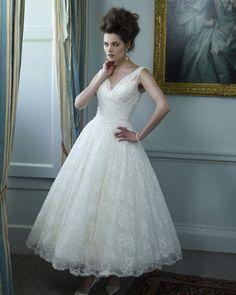Google Image Result for http://www.weddingsonline.ie/fs/img/rs-550x688/tea-length-wedding-dress7.jpg