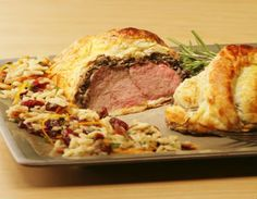 Individual Beef Wellington.  Yumm... Can't wait to get mine next week! 40%off through Bzzagent!#justgreatsteaks ,  #GotACoupon