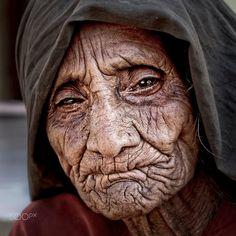 old women gujarat by Gerard Roosenboom on 500px
