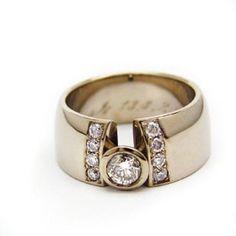 Tero Hannonen for AU3 Kultasepät ~Wedding ring, white gold and diamonds.   AU3.fi