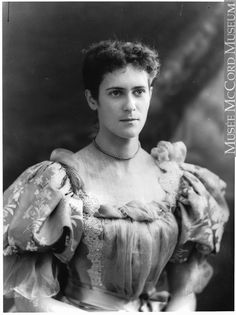 Miss Edith Reford, Montreal, QC, 1896, II-117723 © McCord Museum