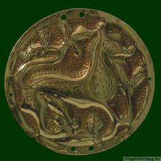 Szittya emlék  Aldebrői Hajfonatkorong Lelőhely: Aldebrő Mocsáros Viking Jewelry, Ancient Jewelry, Vikings, Hungary, Mythology, Pouches, Metal, Belts, Wallets