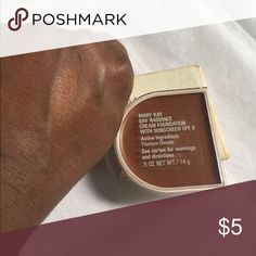 MaryKay Day Radiance Cream Foundation w/ Sunscreen .5 OZ Rich Bronze For Dry Skin Only Mary Kay Makeup Foundation