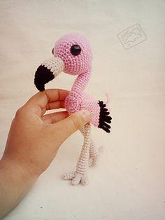 Mesmerizing Crochet an Amigurumi Rabbit Ideas. Lovely Crochet an Amigurumi Rabbit Ideas. Crochet Gratis, Knit Or Crochet, Crochet Patterns Amigurumi, Cute Crochet, Amigurumi Doll, Crochet Dolls, Amigurumi Minta, Crochet Flamingo, Crochet Birds