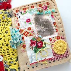 Scrap Fabric Projects, Fabric Scraps, Fabric Art, Canvas Fabric, Fabric Books, Fabric Journals, Art Journals, Paper Art, Paper Crafts