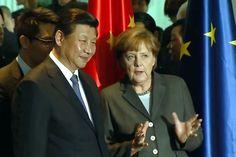 Merkels Spagat in China  Die Kanzlerin muss in Peking für die deutsche Wirtschaft werben – und viele heikle Fragen ansprechen. Chinas Wirtschaft ist angeschlagen. Ihr steht ein ungeheurer Strukturwandel bevor, der gelingen muss. Peking ist dabei auf Partner angewiesen.