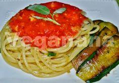 Veganana: Espagueti com Molho de Tomates e Salvia