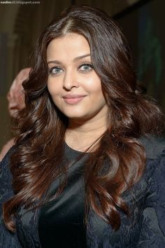 Aishwarya Rai attends the Global Partnership Forum Women Leaders event at The Yale Club on September 2012 in New York City. Indian Bollywood Actors, Bollywood Actress, Indian Actresses, Bollywood Girls, Aishwarya Rai Images, Aishwarya Rai Bachchan, Elie Saab Dresses, Beautiful Indian Actress, India Beauty