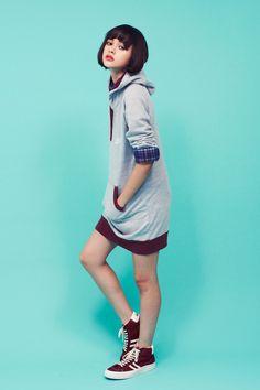 Loving the long sweatshirt look! -- Jfashion brand Naichichi SS13 lookbook